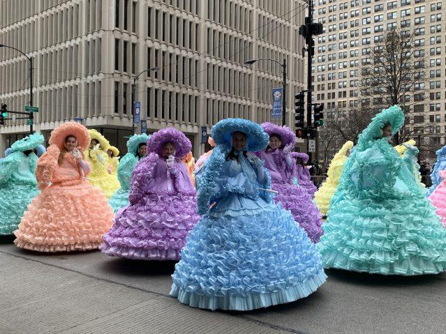 12.色彩繽紛的蓬蓬裙舞蹈表演
