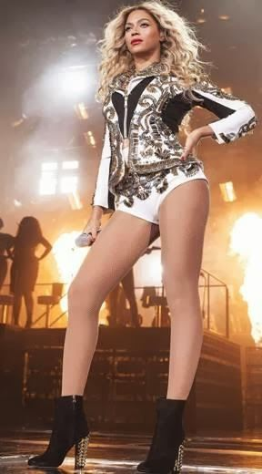 Beyoncé sings 'XO' in Chicago
