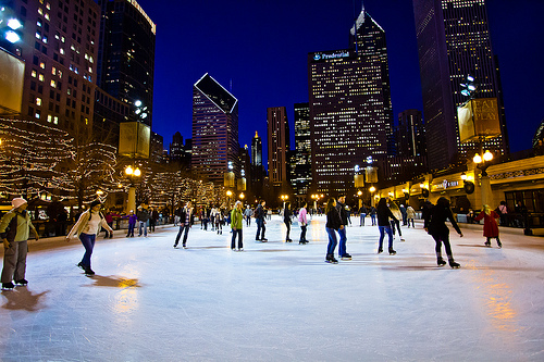 ice skating in millennium park