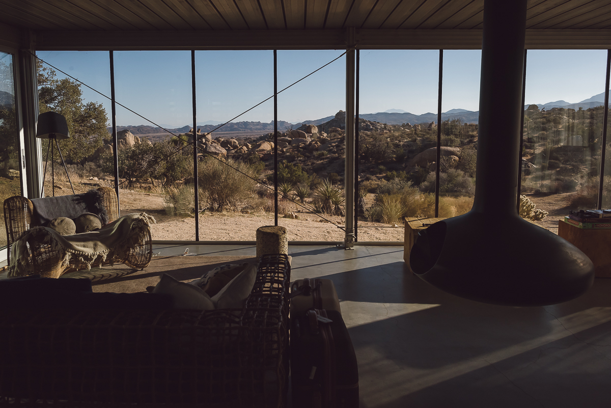 Off-grid itHouse Airbnb in Pioneertown, California