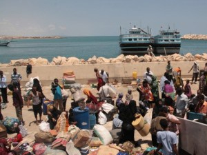 Somalia Government sends ship to evacuate its citizens from Yemen.
