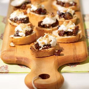 Fig & Goat Cheese Bruschetta from myrecipes.com