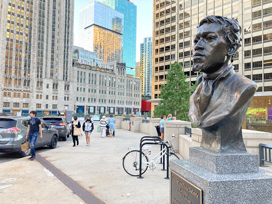 Bust of DuSable on Michigan Avenue