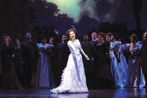 Elizabeth Futral in <i>The Merry Widow</i>