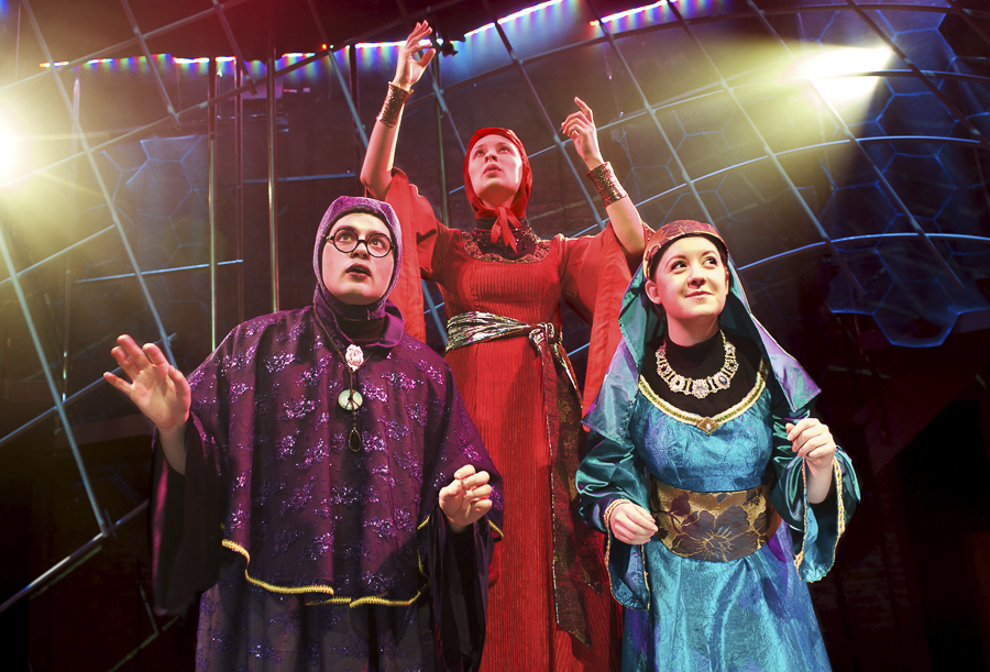 Lifeline Theatre's <i>A Wrinkle in Time</i>