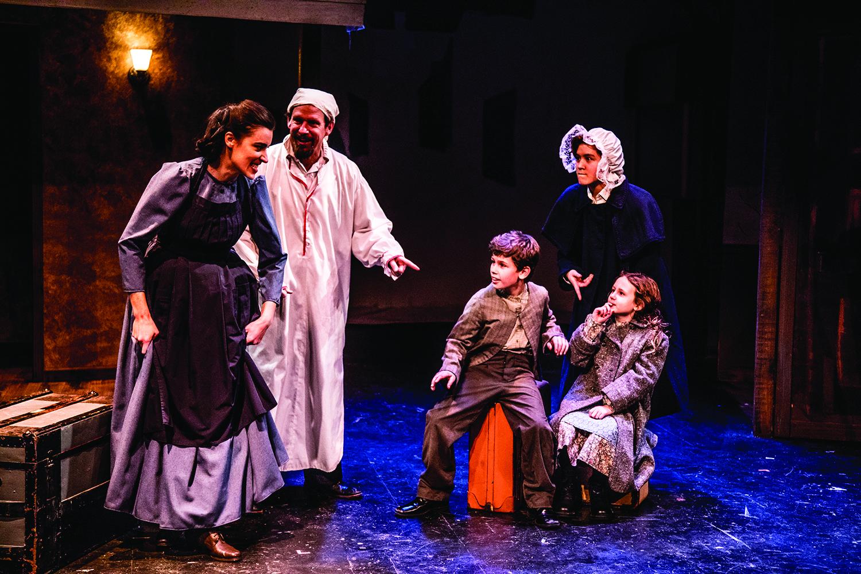 Oak Park Festival Theatre's <i>A Dickens Carol</i>
