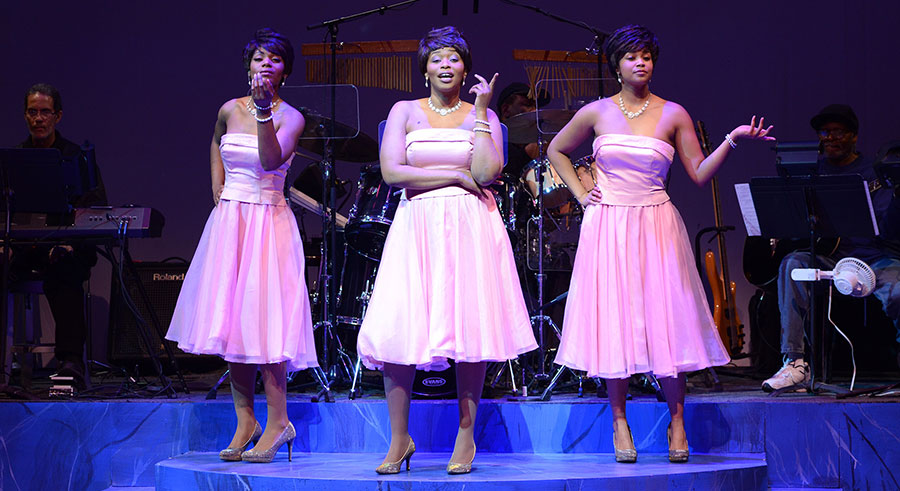 Black Ensemble's <i>Don't Make Me Over (In Tribute to Dionne Warwick)</i>