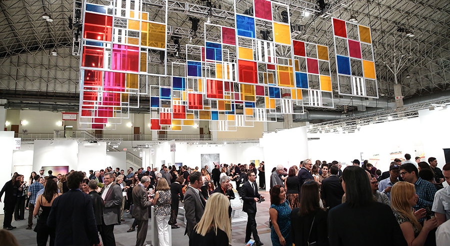Expo Chicago kicks off on Thu 9/22 at Navy Pier.