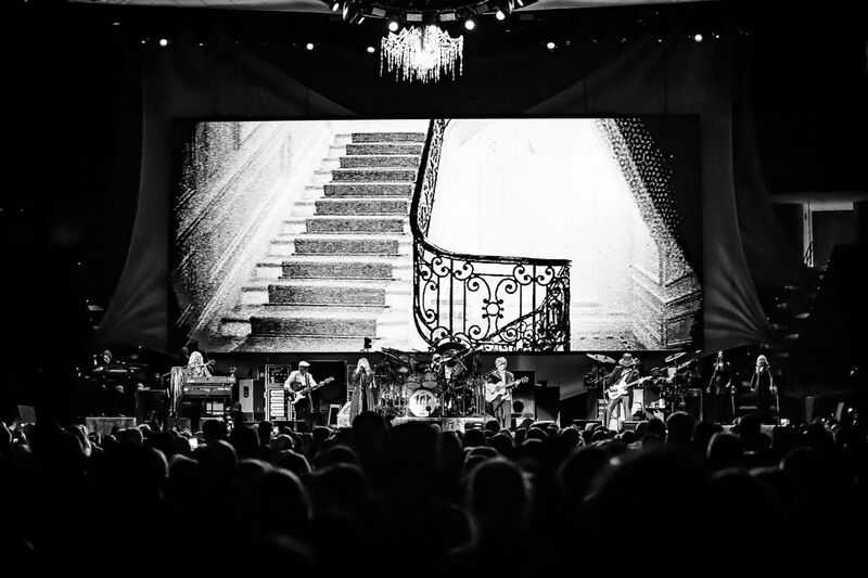 Fleetwood Mac with bonus chandelier
