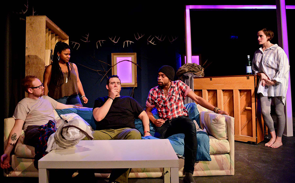 Akvavit Theatre's <i>Hand in Hand</i>