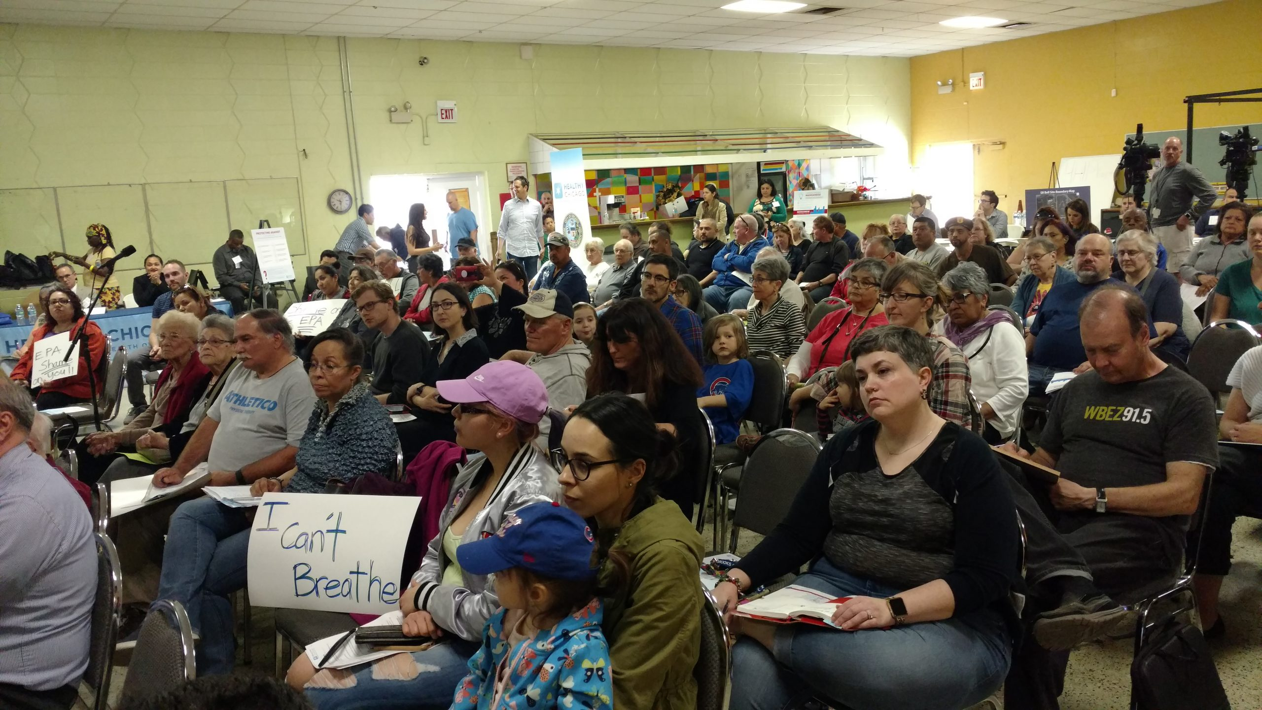 More than 100 residents gathered in an East Side community center to grill city and federal officials on manganese contamination in local air and soil.