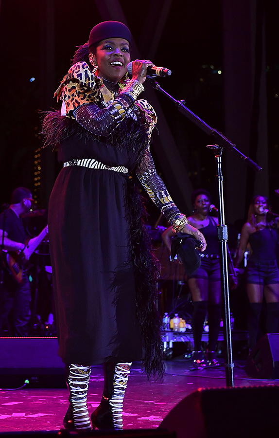 """Ms. Lauryn Hill plays the <span style=""""color: green; """">Green Stage</span> on Sunday at 8:30PM."""