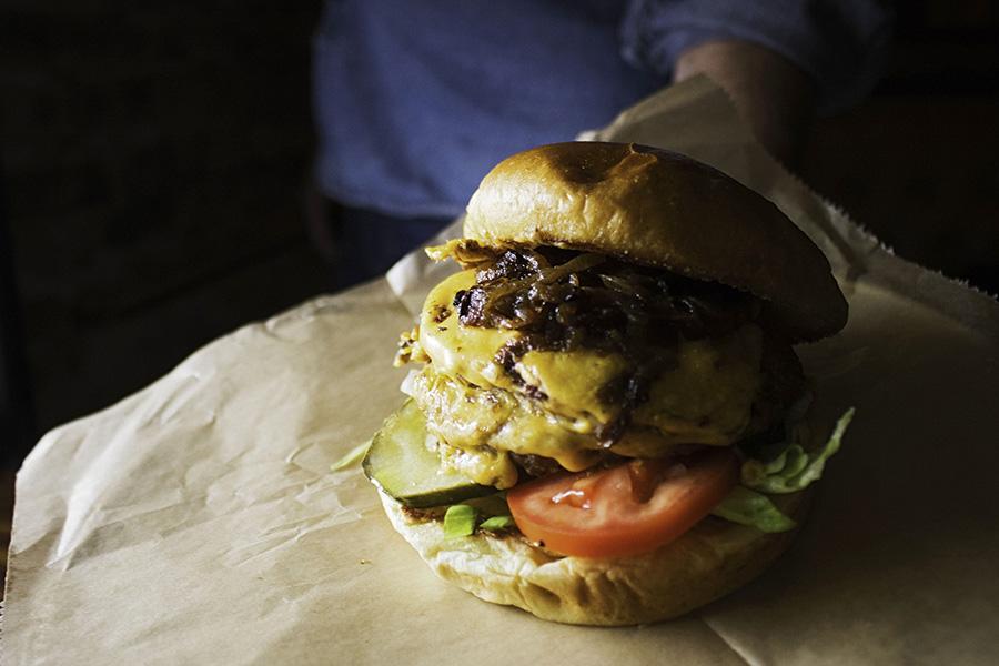 Moonlighter burger