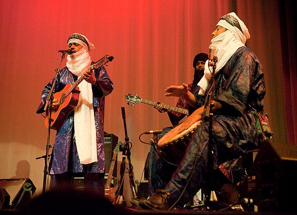 Malian desert-blues band Tinariwen plays one of last weekend's three shows