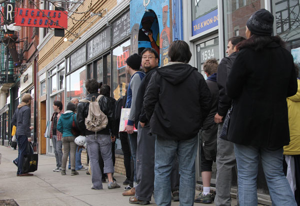 A line forms at Reckless Records in Wicker Park
