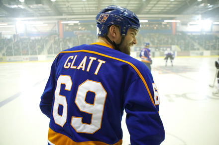Seann William Scott stars as a hockey thug in Goon