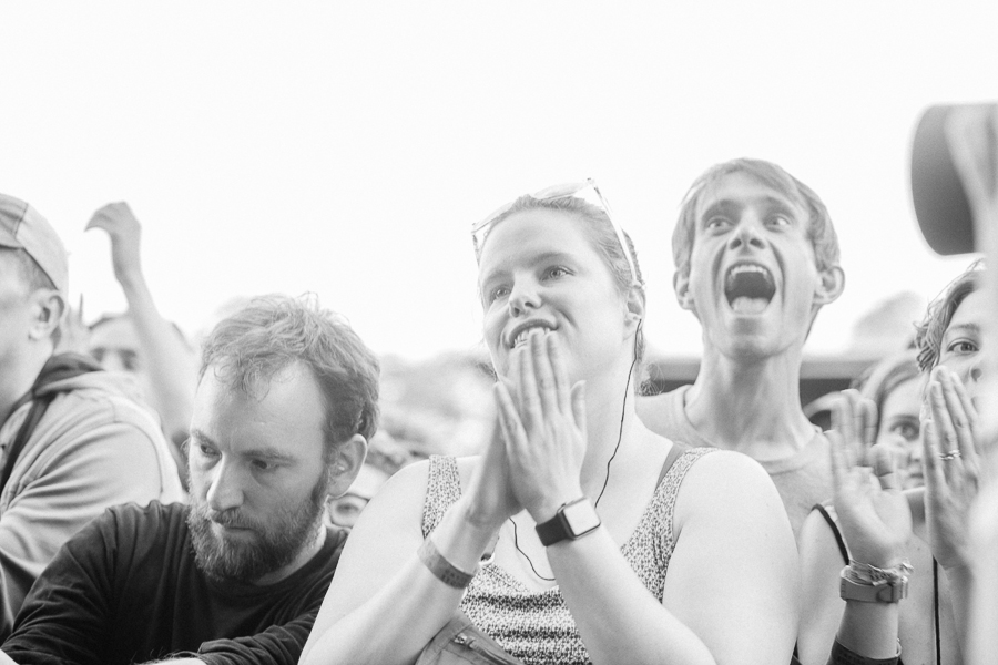 A range of emotional responses in the crowd