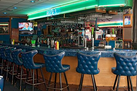 Reese's Lounge is surprisingly kind to twentysomethings.