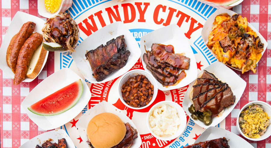 The Windy City Smokeout brings together country music and barbecue this weekend.