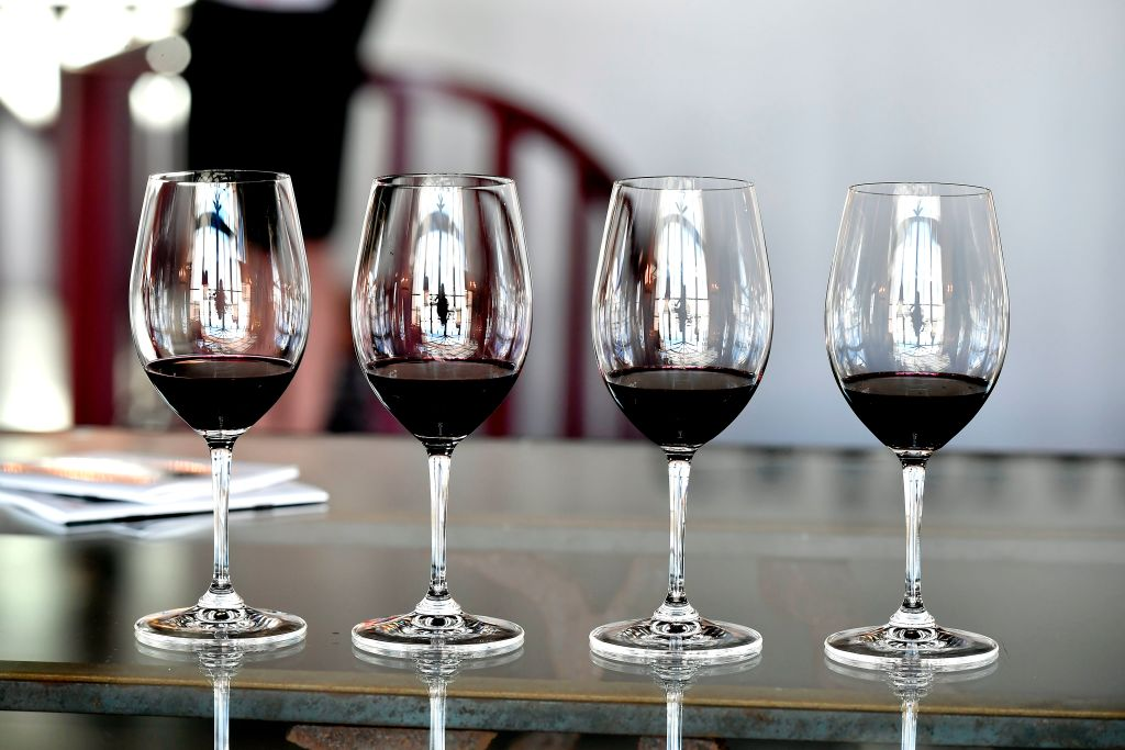 Ravenswood and Lincoln Square business and restaurants serve up vino during the Wine Stroll.