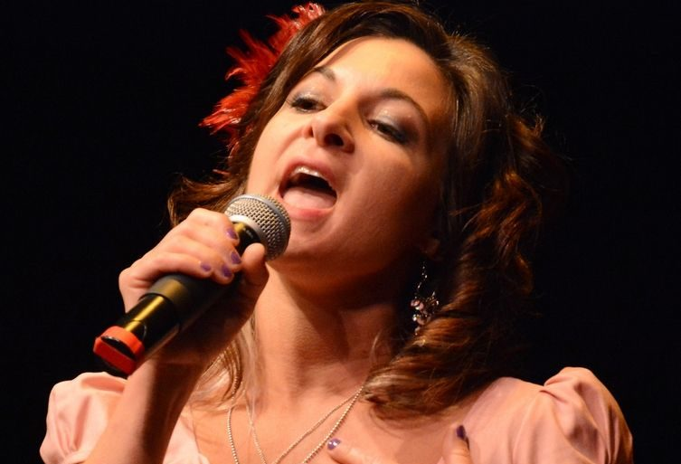 Returning Suburban Chicago's Got Talent contestant Karen Shook of Woodstock has advanced to the Top 15 round. Daily Herald File Photo