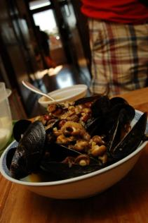 Iliana's mussels with amaranth