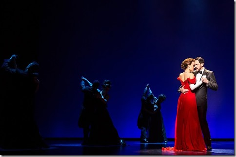 Samantha Barks abd Steve Kazee star in Pretty Woman the Musical, Broadway in Chicago