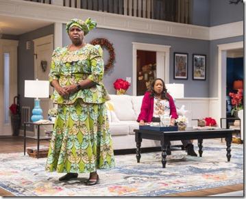 Cheryl Lynn Bruce (Anne) and Jacqueline Williams (Margaret Munyewa) star in Familiar, Steppenwolf Theatre