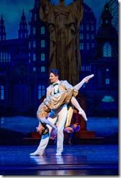 Christine Rocas and Temur Sulashvili star in The Nutcracker by Christopher Wheeldon, Joffrey Ballet Chicago