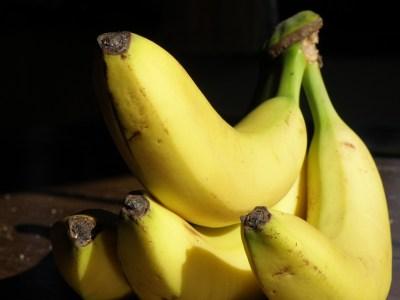bananas-745447_1280