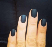 http://pinkandblack-magazine.com/2013/09/19/10-fall-nail-trends-youll-want-to-try/9/
