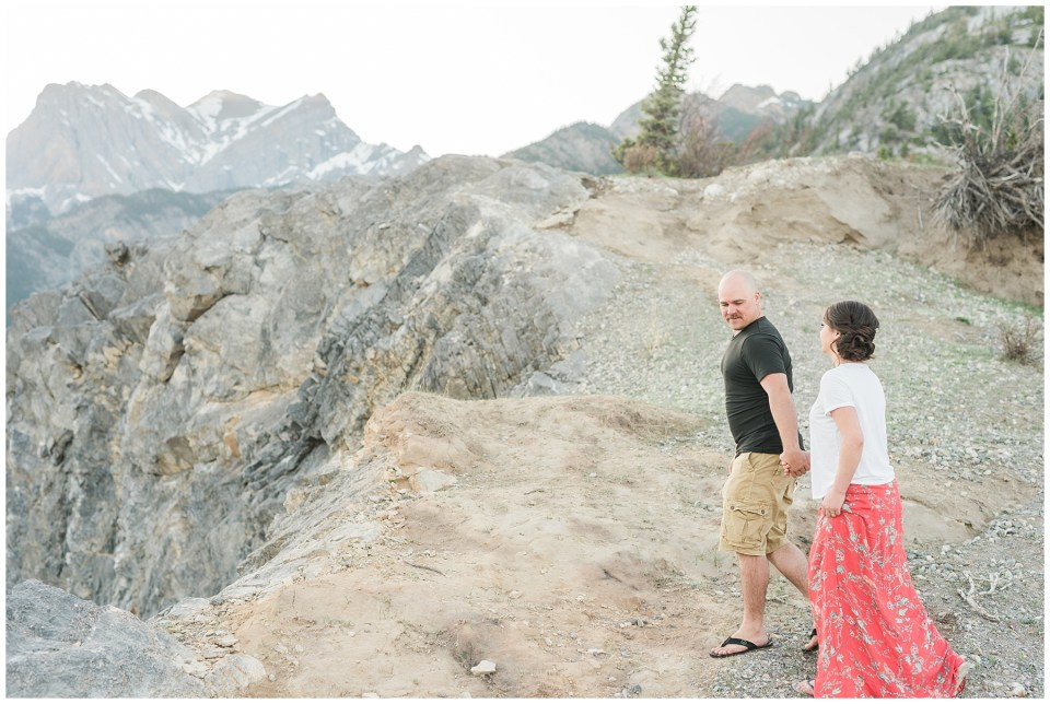 Abraham Lake Engagement_0024.jpg