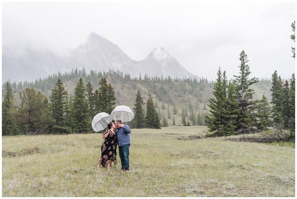Rainy day Abraham Lake engagment session