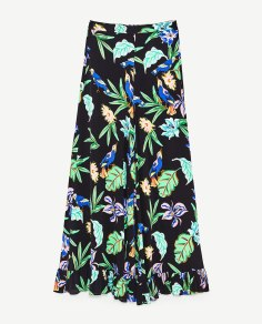 https://www.zara.com/ch/fr/femme/pantalons/tout-voir/pantalon-large-avec-volant-%C3%A0-l-ourlet-c719022p4587030.html
