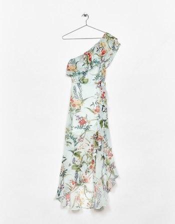 https://www.bershka.com/ch/woman/clothes/dresses/long-asymmetric-floral-print-dress-with-ruffles-c1010193213p101084014.html?colorId=982