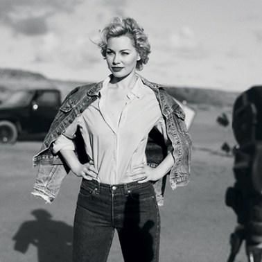 Maartje van de Wetering als Marilyn Monroe voor LINDA. magazine op Curacao