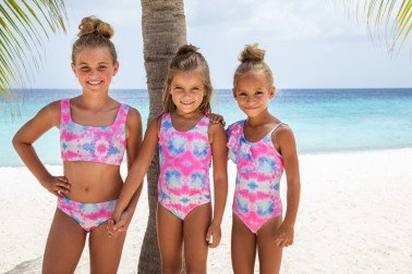 Cute Girls Swimwear Shoot Curacao
