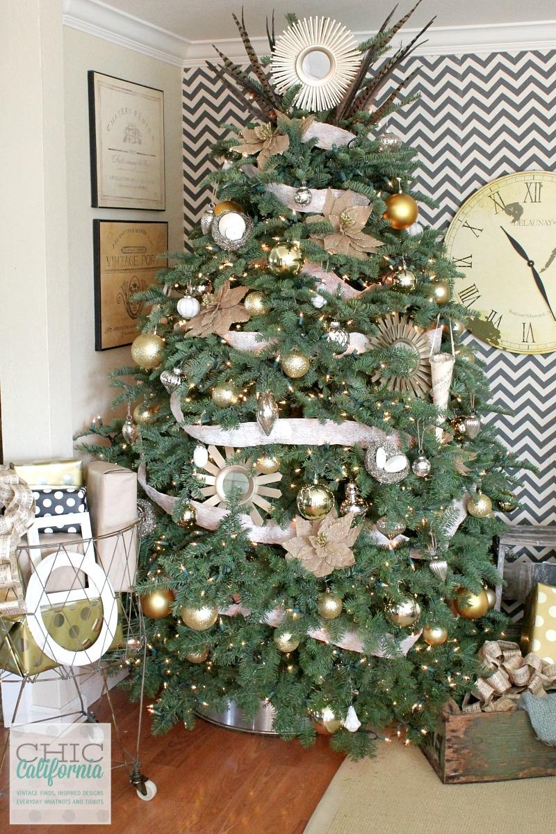 Galvanized Bucket Christmas Tree Skirt Tutorial