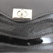 Petit sac cuir chic noir Ondulations.