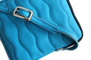 Pochette bandoulière Ondulations turquoise