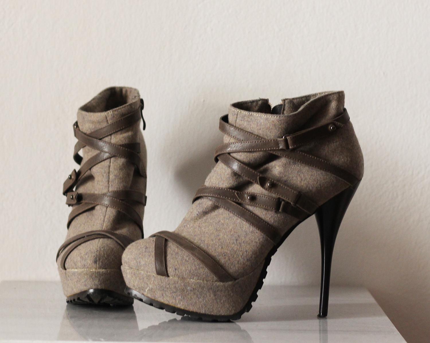 beige-strappy-boots
