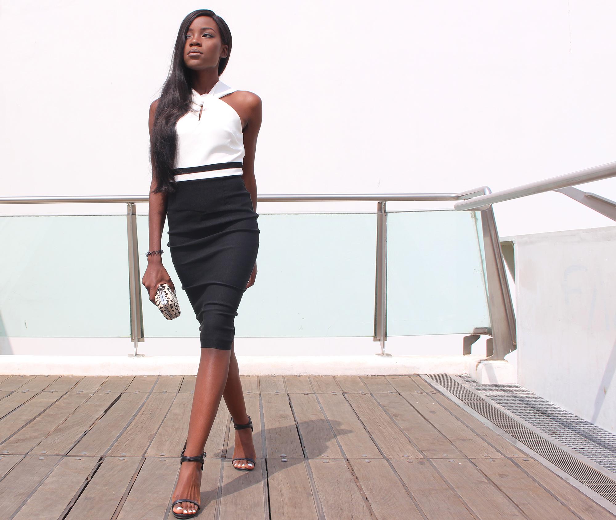 how-to-wear-a-sheath-dress