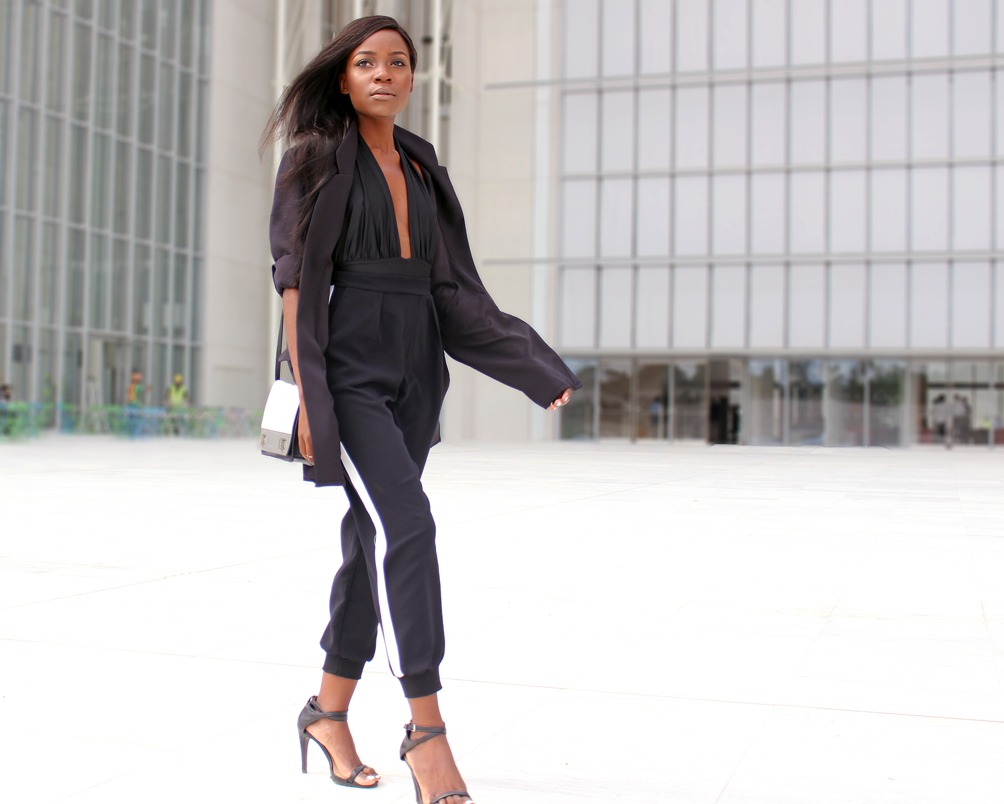 how-to-wear-all-black-outfit