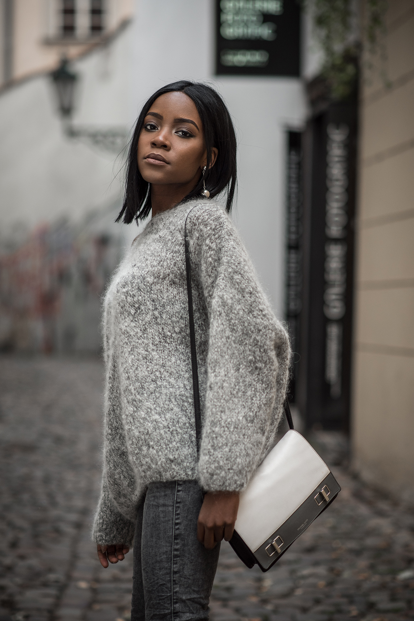grey-outfit
