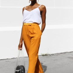 adding-color-to-minimalist-wardrobe