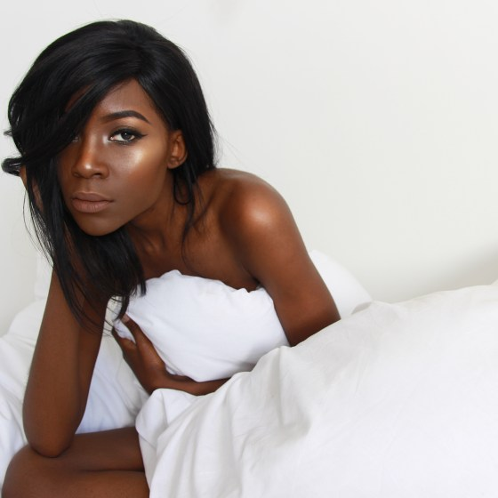 black-girl-in-bed