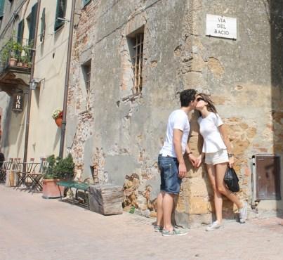 And the Street of the Kiss ( Via del Bacio)