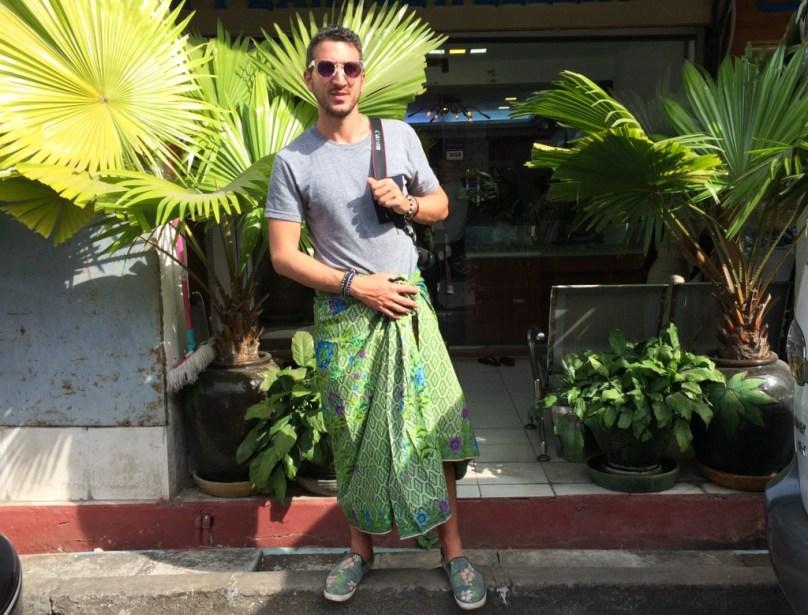 Yangon Street Style How To Dress Like A Burmese Man -1429