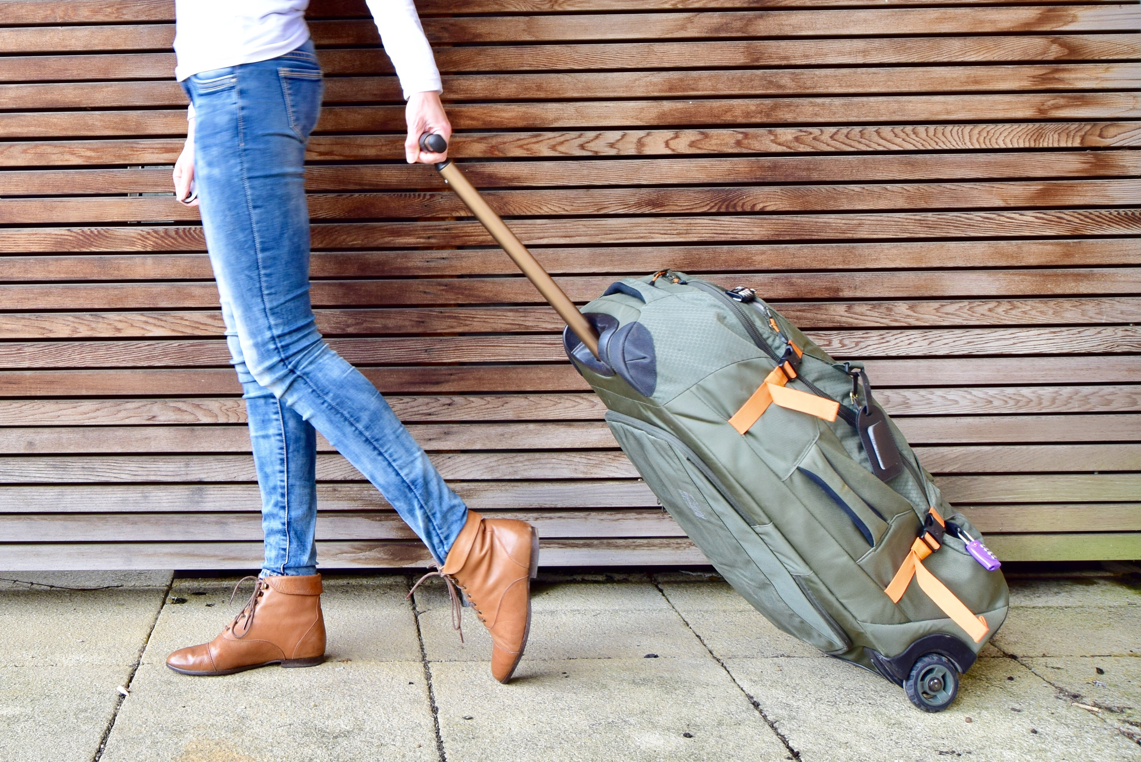 Do You Need A Backpack Or Suitcase For Travelling Neither Or Rather Both The Chickadee