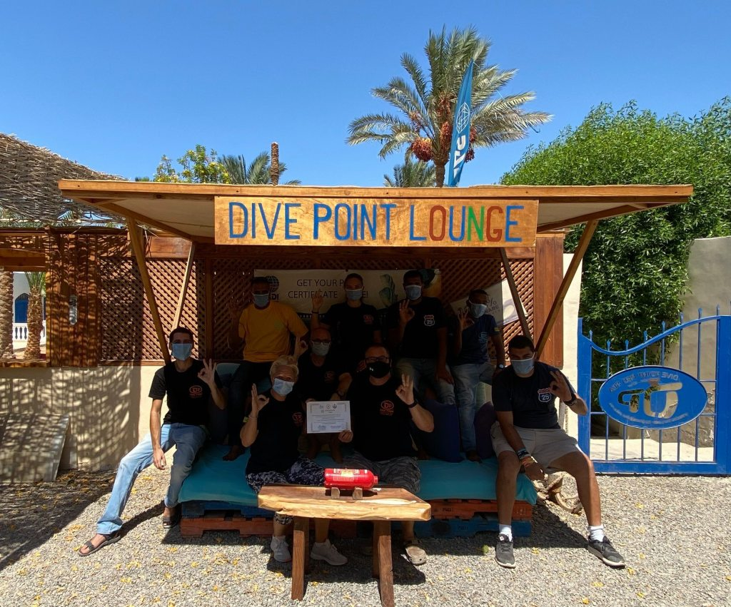 dive point lounge
